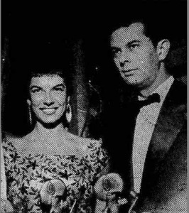 Inezita Barros ao lado de Randal Juliano, ambos da Rádio Record