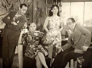 Zeloni (o último à direita) em A Baronesa Transviada