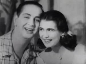 Ivon Curi e a morena Hebe Camargo - TV Tupi - 1951
